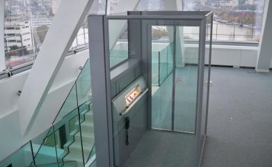 Installation d'une plateforme fermée pour personne à mobilité réduite à Boulogne (92) image 4